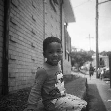Shot on a roll of unknown, expired 120 film using the Lubitel 166U